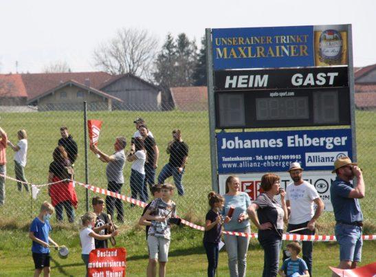 Hier wird kein Heimspiel mehr stattfinden, wenn die neue Bahntrasse für den Brenner-Nordzulauf die Sportanlage platt macht. Quelle: Brennerdialog