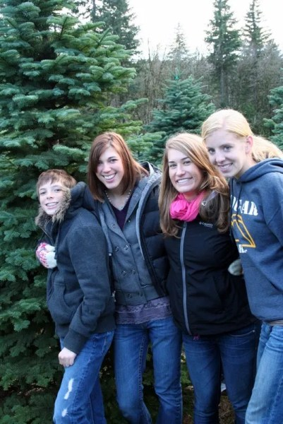 Four Helpers - Every year we go with our four kids. This year, we had to import Kaylah and Hannah to round out the four.
