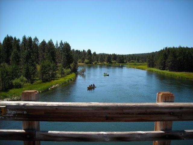 Deschutes River from the footbridge