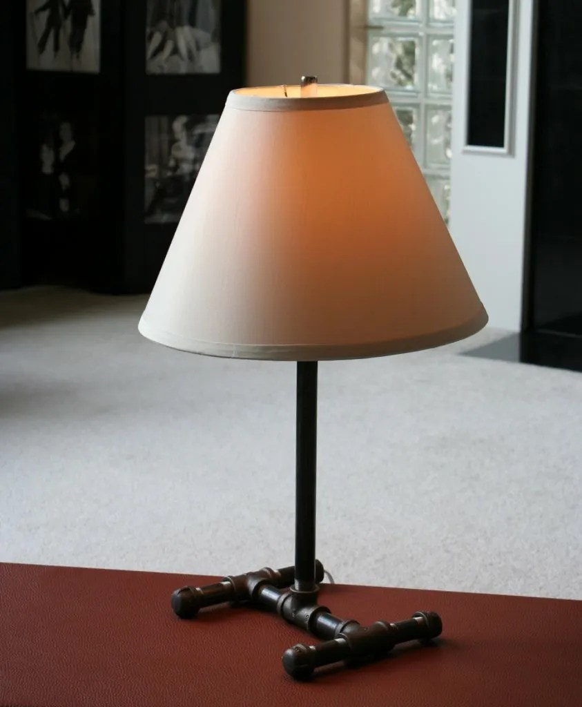 DIY Pipe Lamp