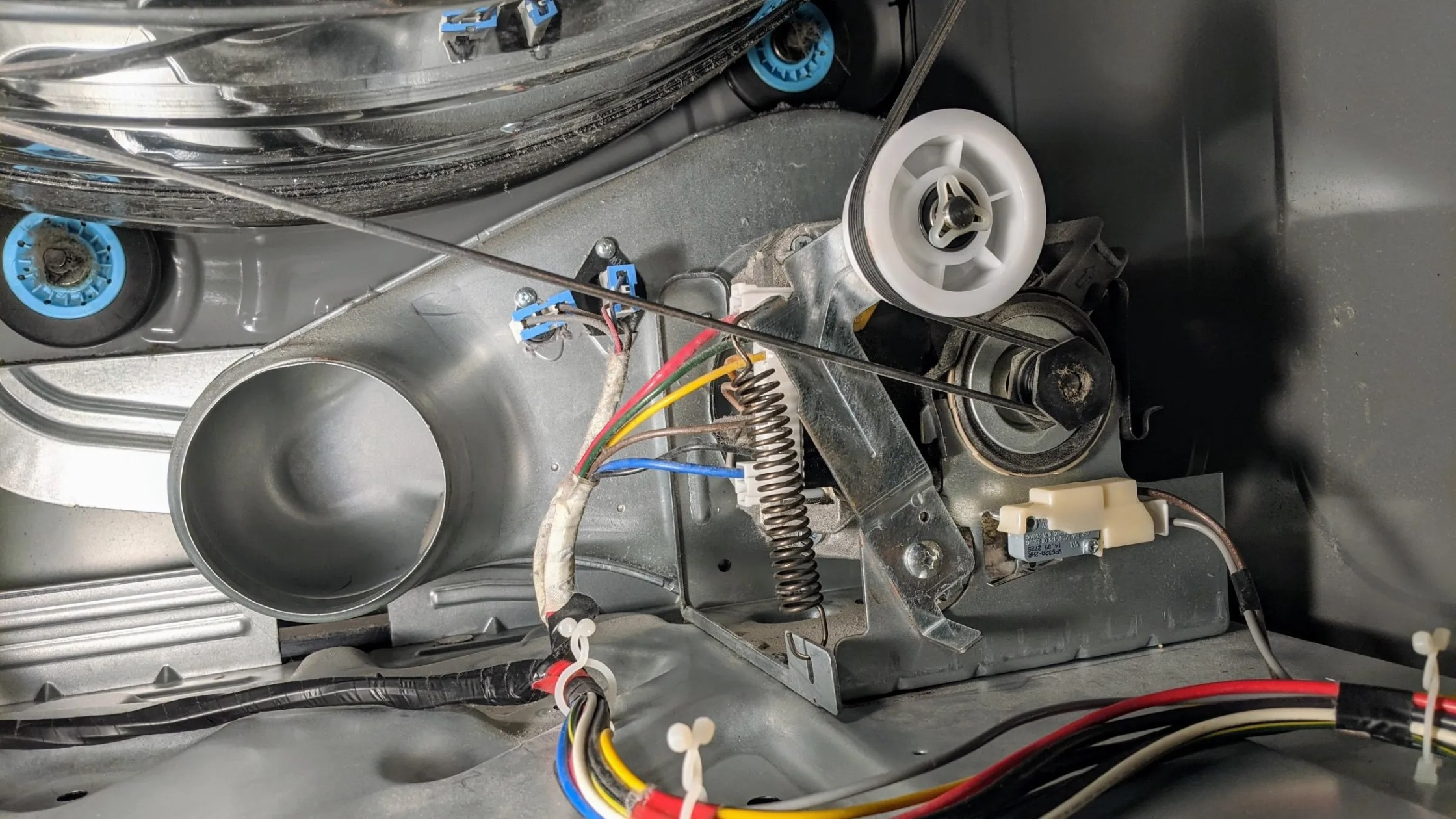 Installed idler pulley assembly