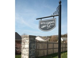 Williams-Grove-Entry