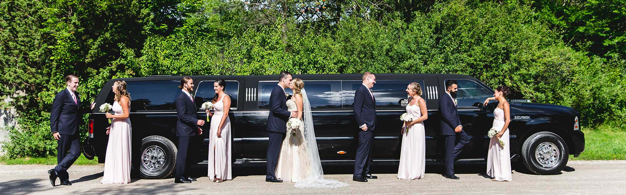 luxury chauffeured wedding limo services