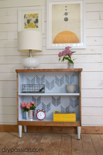 Thrifted Bookshelf Makeover