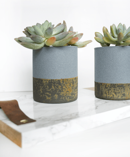Faux Concrete Planters with a Rust Patina :: Monthly DIY Challenge