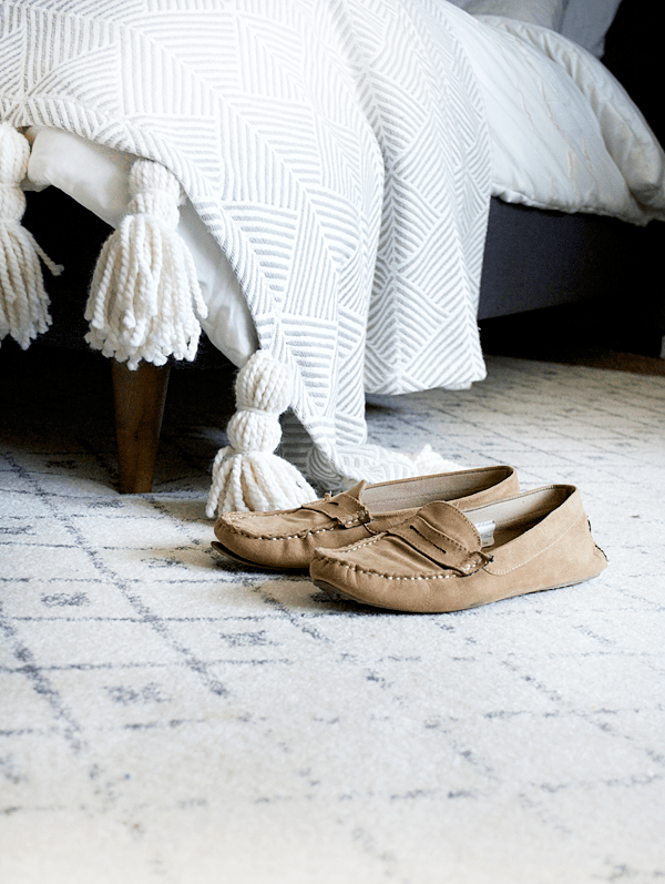 3 Tips to Finding the Perfect Rug for Your Bedroom