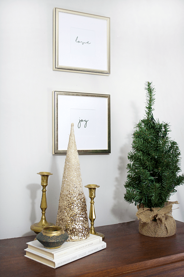 Neutral Modern Christmas Decor