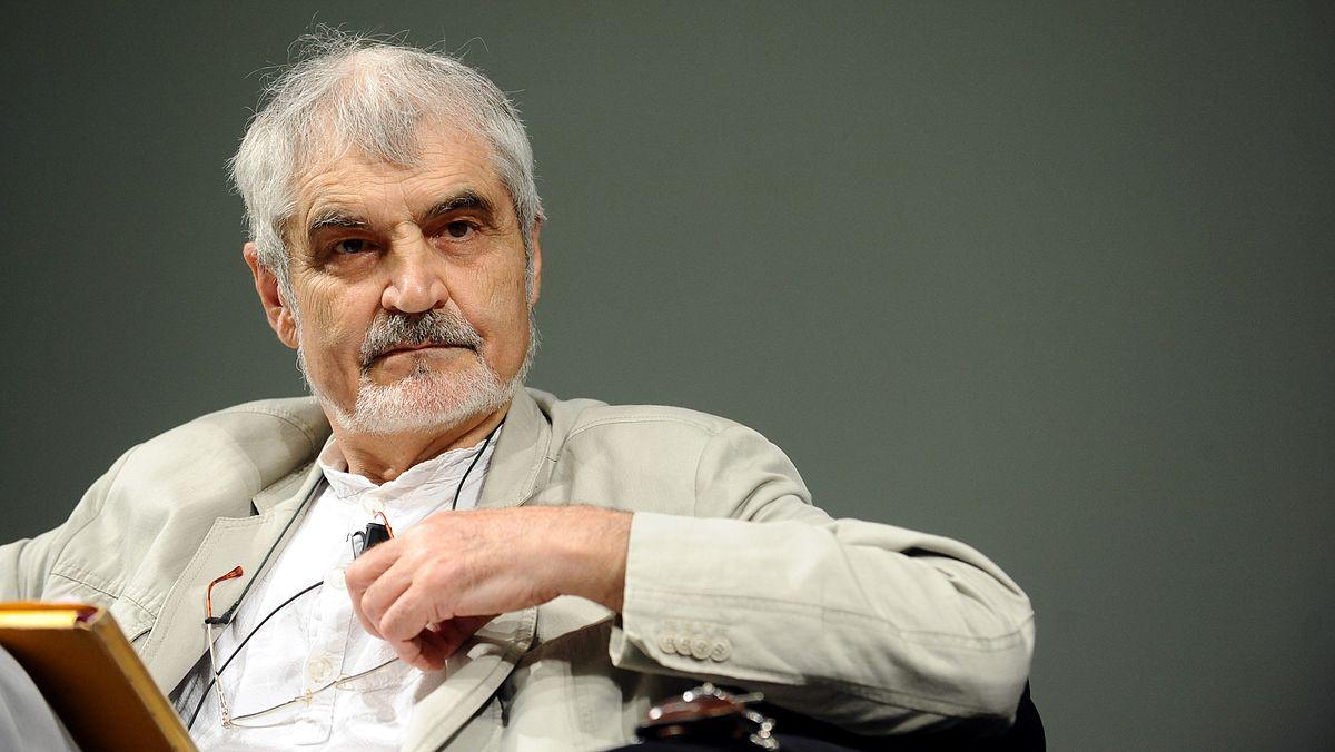Serge-Latouche_-_Festival_Economia_2012