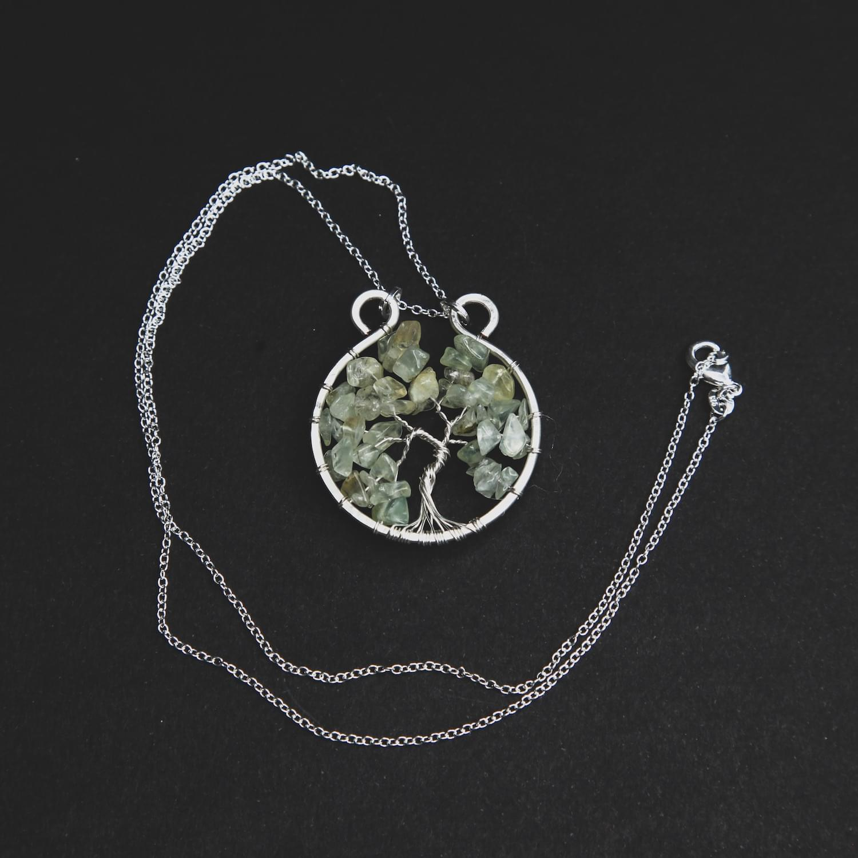 tree_of_life_gemstone_crystal_pendant_green_calcite_01.min
