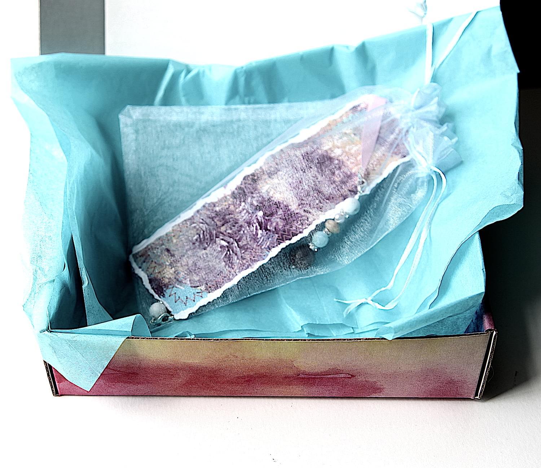 Purple_passion_bookmark_01.min