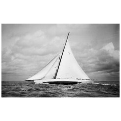 Stunning Black and White Photograph of sailing boat Cambria sailing at sea. Photographer of this stunning photograph is Frank been who photographed it on his handmade camera. Available to buy from Brett Gallery. Beken of Cowes Framed Prints, Beken of Cowes archives, Beken of Cowes Prints, Beken Archive, Cowes Week old Photographs, Beken Prints, Frank beken of Cowes.