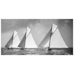 Stunning black and white, silver gelatine photograph taken by Alfred John West from Beken Archive. Available to buy from Brett Gallery. Beken of Cowes Framed Prints, Beken of Cowes archives, Beken of Cowes Prints, Beken Archive, Cowes Week old Photographs, Beken Prints, Frank beken of Cowes.