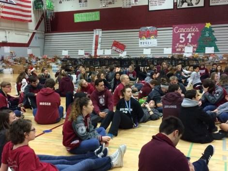 food drive students 2015