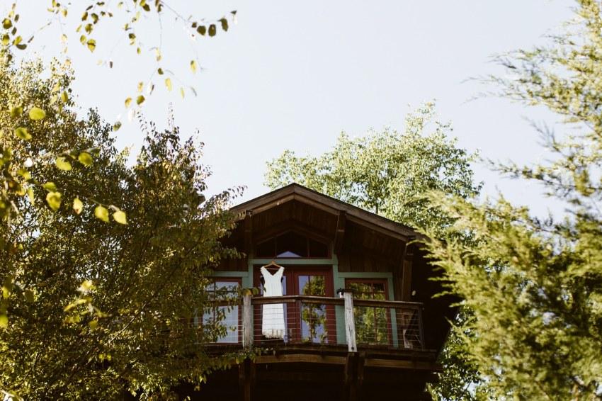 Chapel Hill Wedding Lindsey Trey 39 S Log Cabin Wedding
