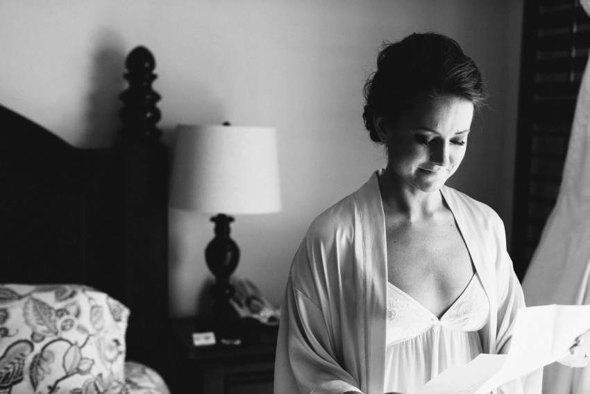 emotional wedding photographer charleston