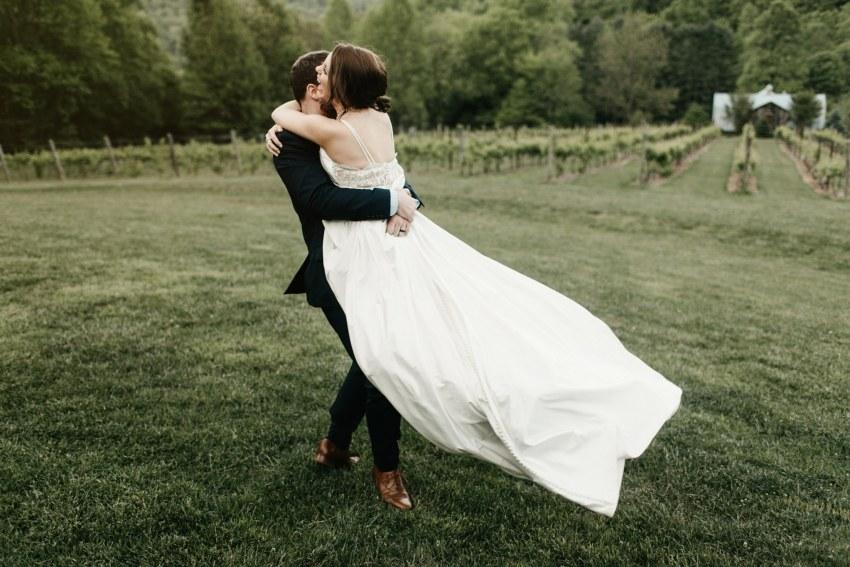 betty s creek vineyard wedding