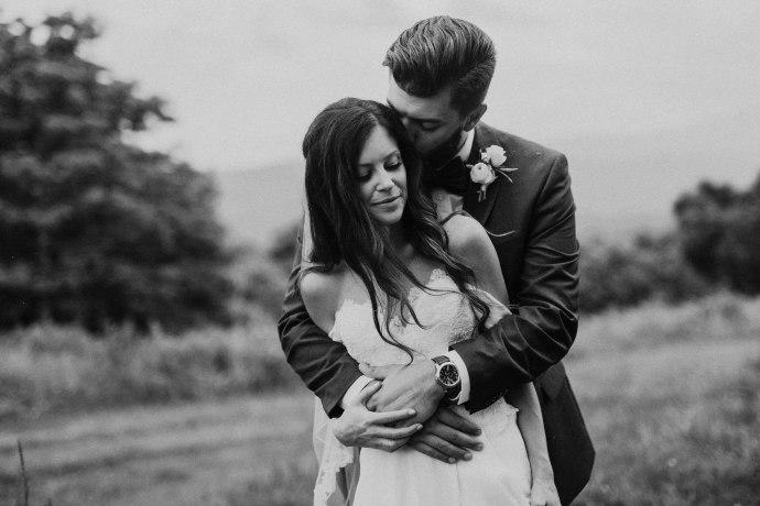 documentary wedding photographer boone