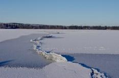 Plattentektonik auf dem Eis.