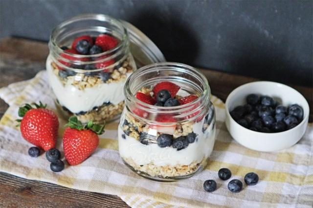 Brewed-Together-Easy-Yogurt-Parfait-Jar-Recipe-3