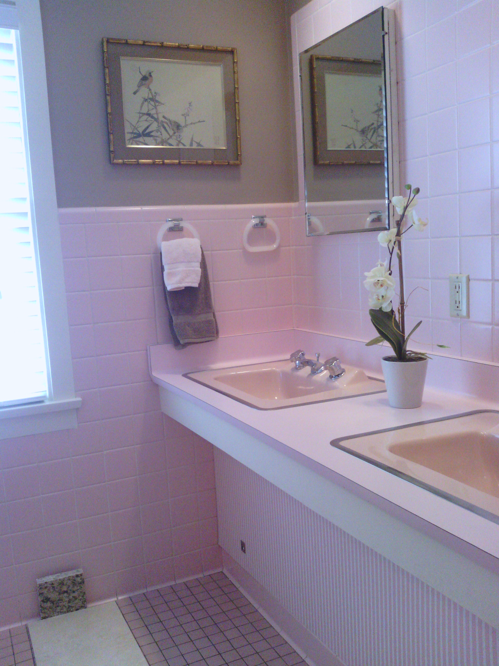 Bathroom remodeling gallery brewer contracting for Bathroom remodel milwaukee