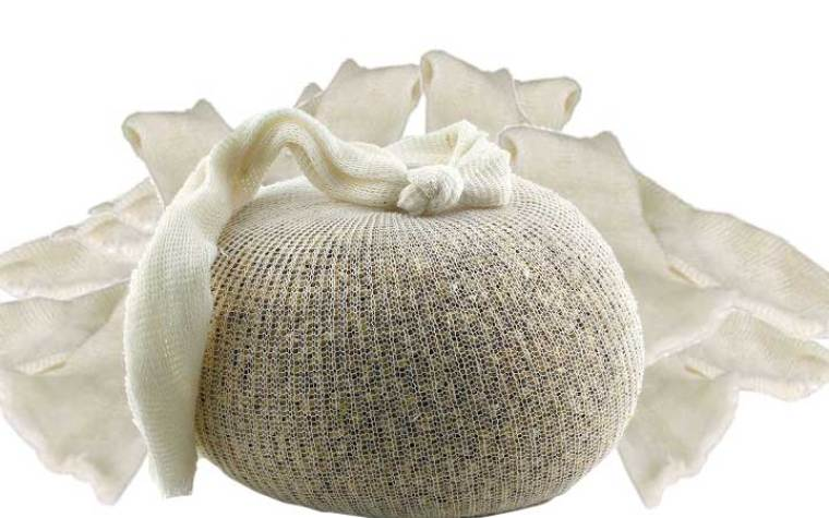 Muslin bag to hold crushed grains in brew in a bag brewing method.