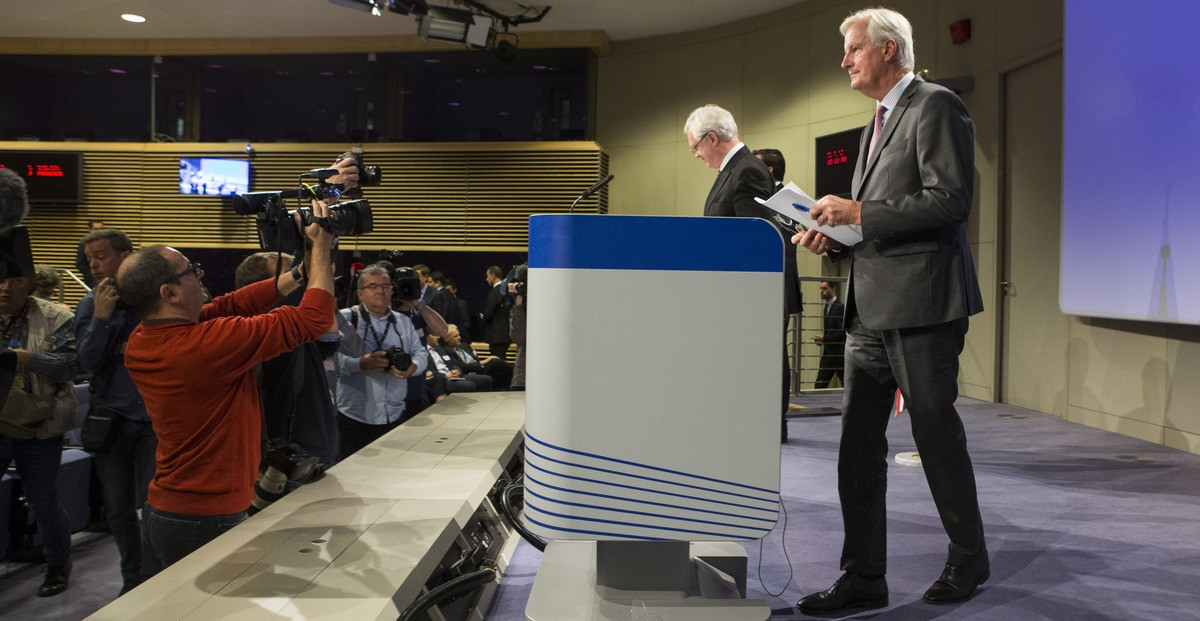 Michel Barnier and David Davis closing statements at the fifth round of Brexit talks