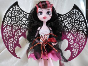Draculaura Monster High