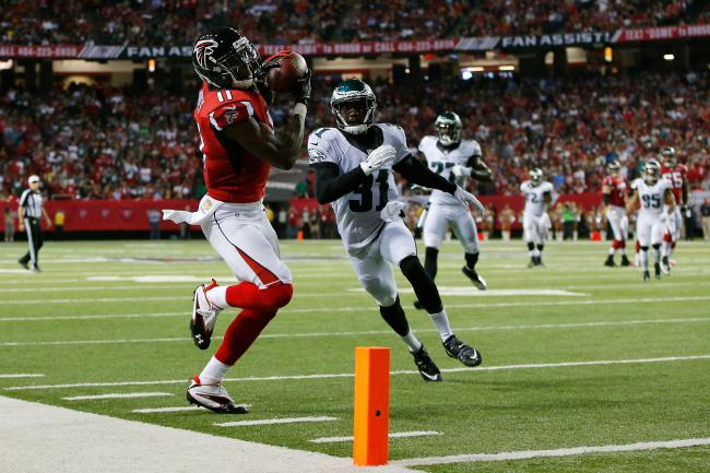 Julio Jones led Atlanta to a 26-24 win over Philadelphia with nine receptions for 141 yards and two TDs.