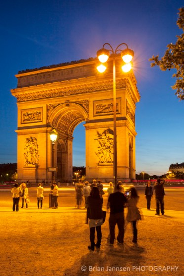 Twilight Arch de Triomphe Paris France