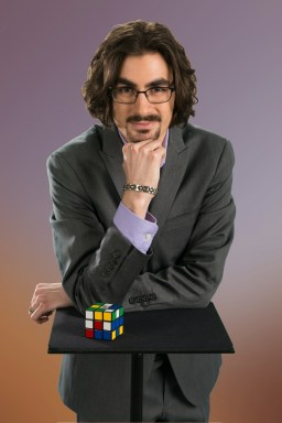 Corporate speaker Brian Miller with Rubik's Cube 2016
