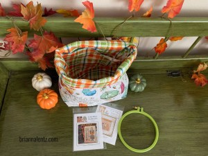 Harvest Zipper Pouch and Project Bag Main Photo with bag open