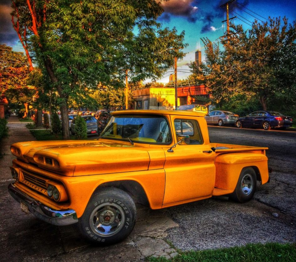 Chicago - Yellow Truck - Hard Edit