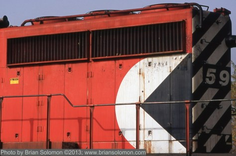 Canadian Pacific's classic 1970s 'Pac-Man' icon on the rear hood of SD40-2 5952. Exposed with a Nikon F3 fitted with f2.0 135mm lens. Fujichrome Astia 100F slide film.