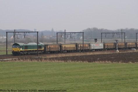 Class66_w_mineral_train_Antwerpen_Noorderdokken_IMG_2555 1