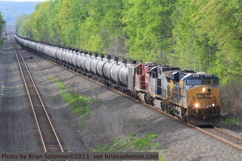 CSX GE number 860 leading K048, the second of four oil trains on May 18, 2013. Canon EOS 7D with f4.0 200mm lens.