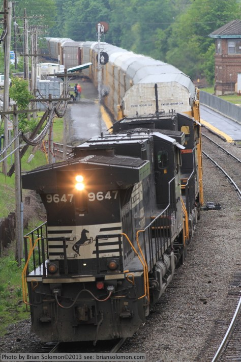 Norfolk Southern DASH9-40CW 9647 at Ayer.
