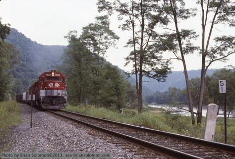 RJ Corman coal train along the Susquehanna.