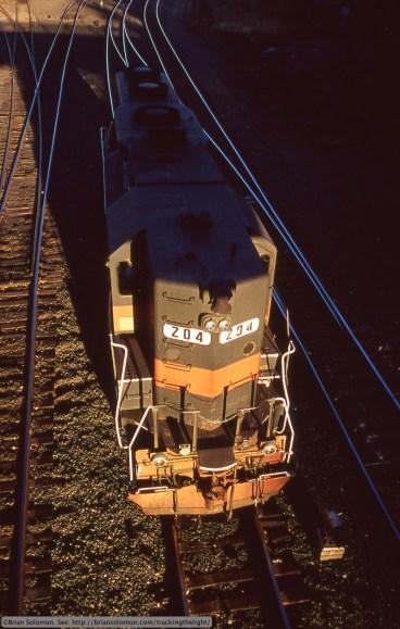GRS GP35 high hood 204  East Deerfield Yard 12 Oct 2004 Brian Solomon 898007