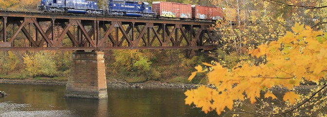 Pan Am Railways Crosses the Connecticut, October 17, 2013