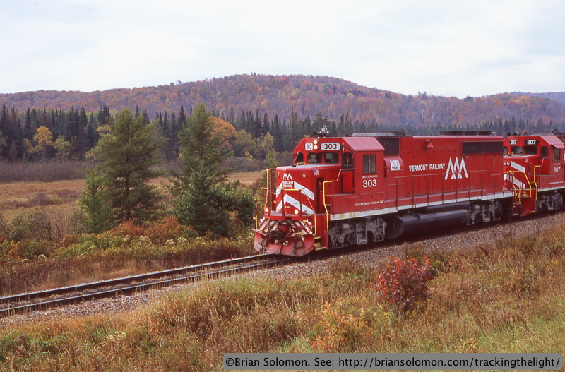 GP40s in fall color.