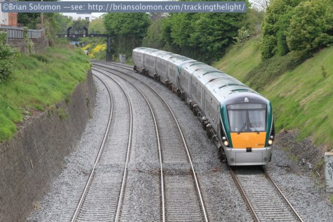 Irish_Rail_ICR_up_road_in _the_Gullet_IMG_5478