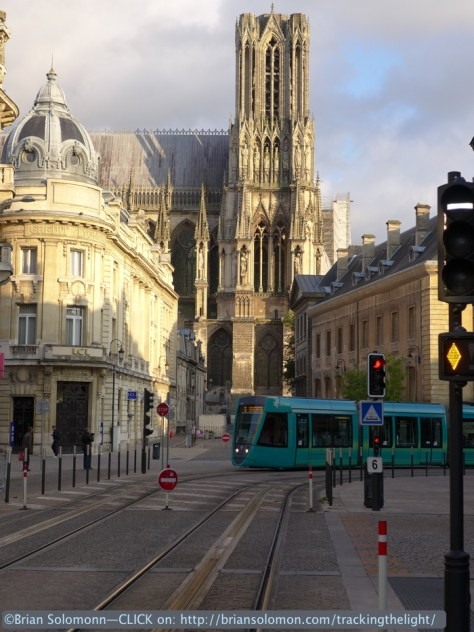 Eight different colours decorate Reims trams. Lumix LX7 photo.