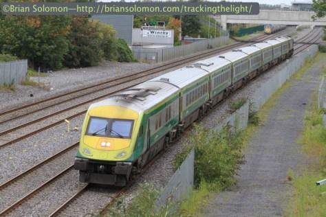 Irish_Rail_Mark4_at_Clondalkin_IMG_8545