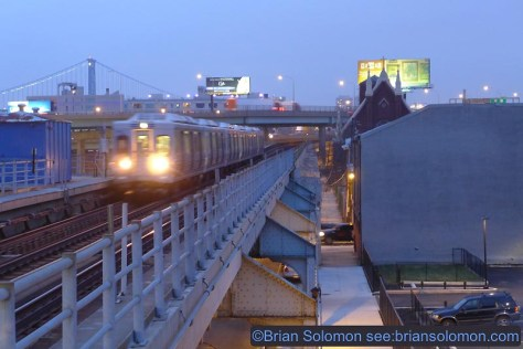 SEPTA's Market-Frankford El at dusk. Lumix LX7 photo.