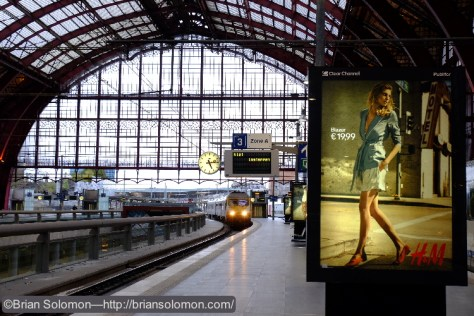 Antwerp Central Station—Fuji X-T1 photo.