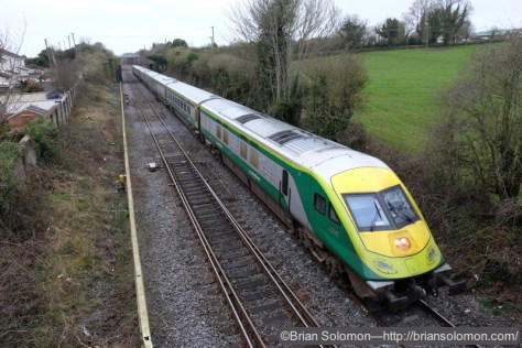 At 10:21 the up Mark 4 from Cork approaches Kildare.
