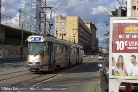 STIB_Route_81_PCC_near_Midi_station_Brussels_P1190039
