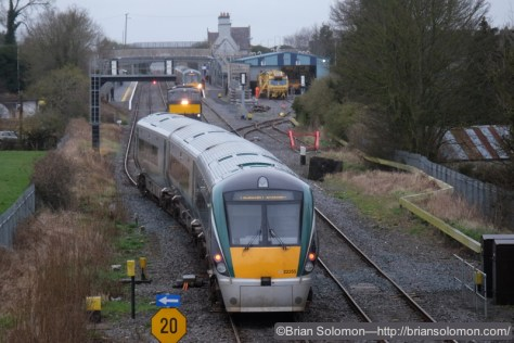 A Dublin bound ICR takes the passing loop at Kildare at 0948. A down ICR is making its station stop.