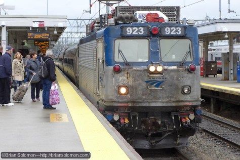 Amtrak AEM-7 923 (looking a bit worse for the wear, but still working!) leads train 93 at New Haven. Lumix LX7 photo.