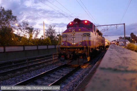 MBTA engine 1126 pauses at Mansfield with train 828. LX7 photo.